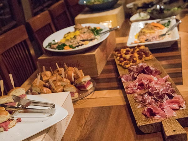 Throw the Perfect Party: 6 Tips to a Successful Private Event